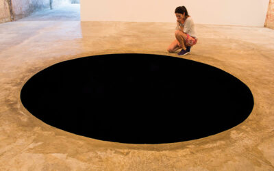 """Anish Kapoor – """"It waves you to a more removed ground"""""""