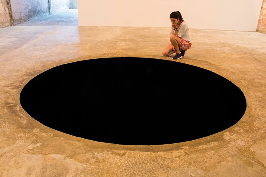 "Anish Kapoor – ""It waves you to a more removed ground"""